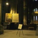"""Diocèse de Lyon: """"bible cathédrale St Jean"""" (300cm x 150 cm) à l'occasion de la fête des lumières du 8 décembre 2004"""